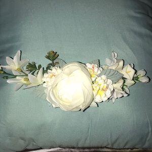 New Embellished Flower Comb